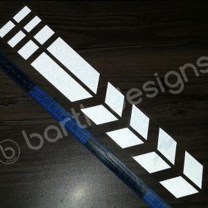 35 cm-es szaggatott csík fényvisszaverő matrica 1
