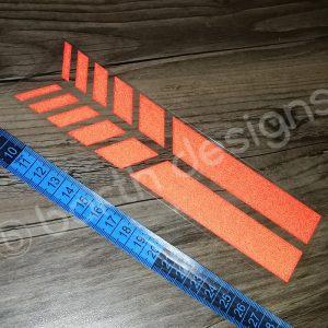 4 színű, 20 cm-es szaggatott fényvisszaverő csík 1 db piros