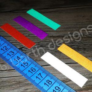 rövid, több színben elérhető fényvisszaverő csíkok