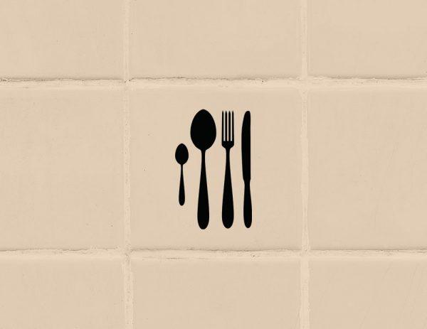 több színben és méretben konyhai csempematrica evőeszközök látványterv